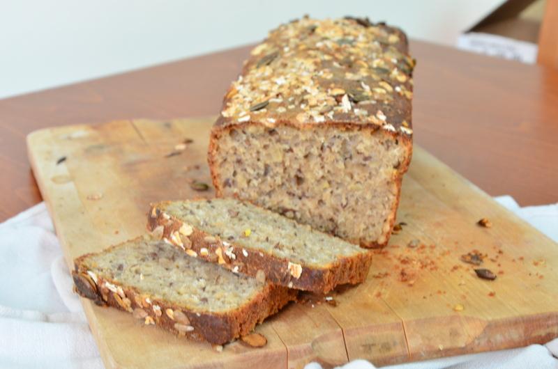 Chleb wieloziarnisty pszenno-gryczany