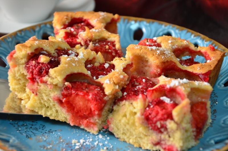Ciasto Z Truskawkami Piaskowe Przepisy Na Dania Obiadowe Ciasta