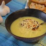 Zupa czosnkowo-kminkowa