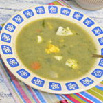Zupa z pokrzywy i czosnku niedźwiedziego