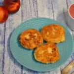 Placuszki serowe z sosem z owoców