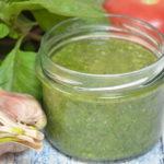 Pyszny sos do sałatek, makaronu – sos bazyliowy