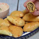 Sójka mazowiecka – pieczone pierogi z kasząjaglaną, grzybami i kapustą
