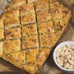 Przepyszna baklava, baklawa, bakława z orzechami i pistacjami
