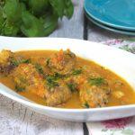 Delikatne drobiowe pulpeciki z pieczarkami i kaszą jaglaną w sosie jarzynowym