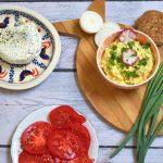 Pasta jajeczna z rzodkiewkami bez majonezu – dietetyczna pasta