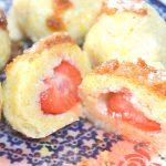 Delikatne knedle twarogowe z truskawkami