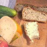 Szybki chleb orkiszowo- pszenny na drożdżach