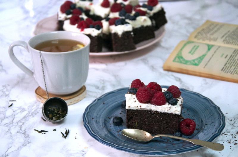 Ciasto z cukinii, ciasto cukiniowe mocno czekoladowe, z kremem