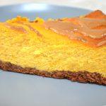 Sernik dyniowy na ciasteczkowym spodzie