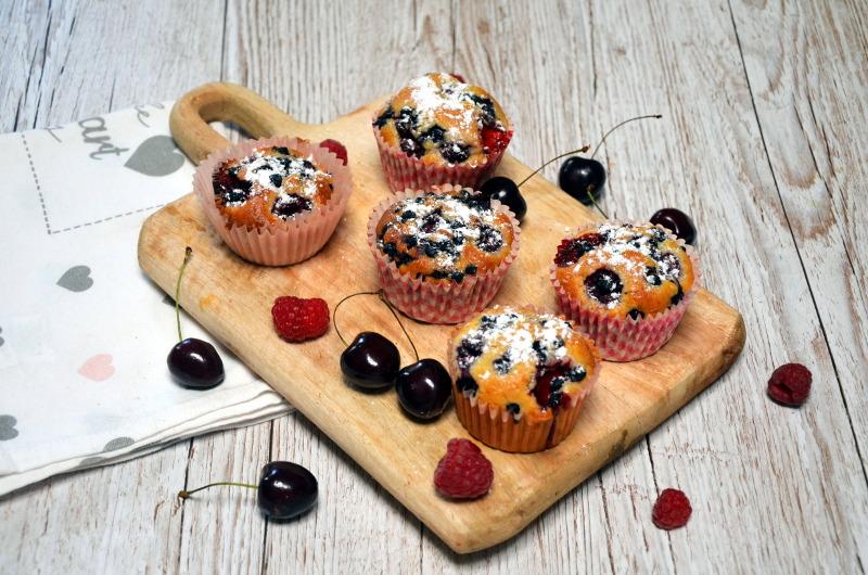orkiszowe muffinki z owocami