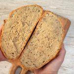 Prosty chleb pszenno-orkiszowy na drożdżach